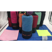 Hot 100% Microfiber Yoga Mat and Hand Towel (10 Colours) Non Slip Sport and Beach Towel with pocket