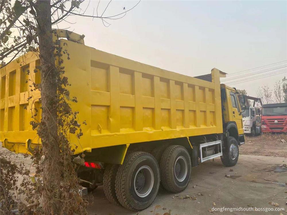 Refursbished Used Howo 6x4 10 Wheels Dump Truck3