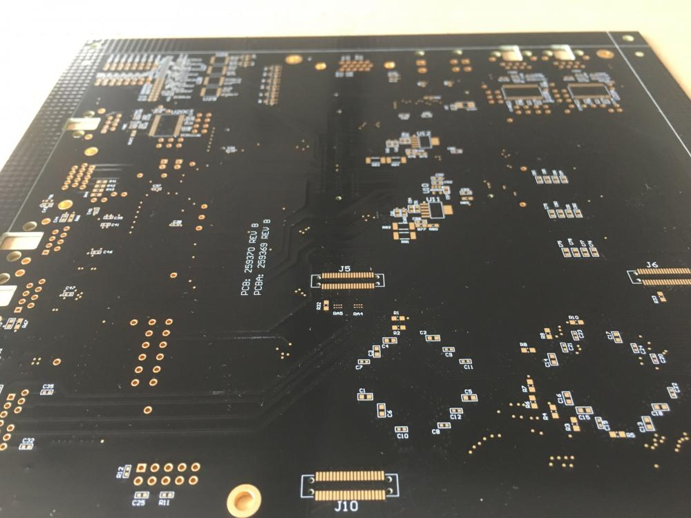 8 couches TG170 1.6mm ENIG PCB