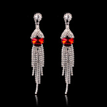 Brincos de pingente de strass vermelho Dangle Tassel Eardrops