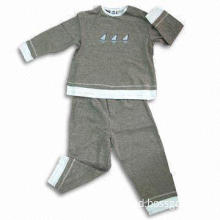 Children's Suit with Printing and Embroidery on Front, Made of 220g 100% Cotton Interlock