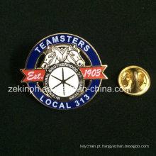 Design de moda personalizado Cloisonne Soft Metal Pin Badge