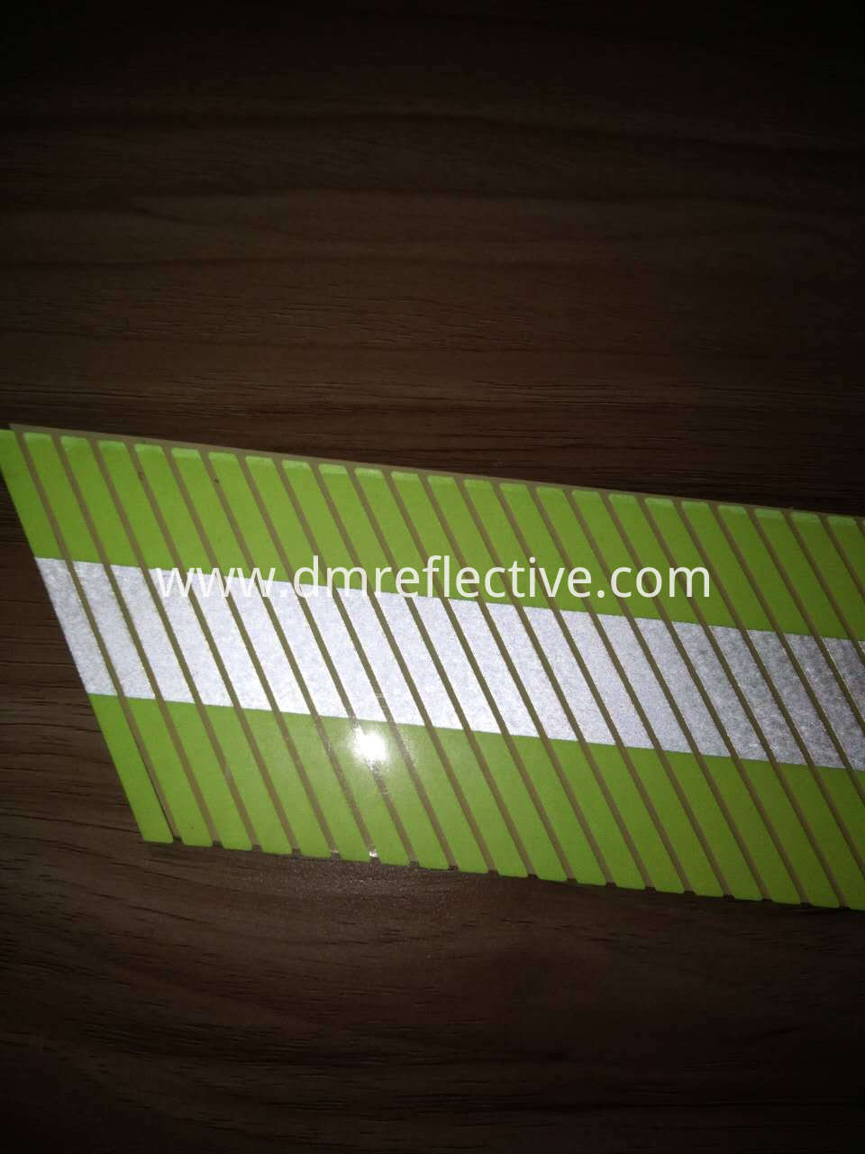 D1995 Flame Reflective film