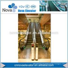 Escada rolante de segurança no mercado