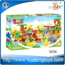 El precio al por mayor creativo al aire libre animal edificio bloques de juguete