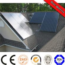 Petit système d'alimentation solaire portable à l'extérieur du réseau électrique avec batterie