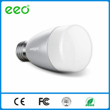Éclairage intelligent par ios / contrôle du téléphone Android, E27 6w RGBW led ampoule
