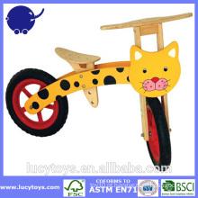 Personalize bicicletas de equilíbrio de madeira para crianças