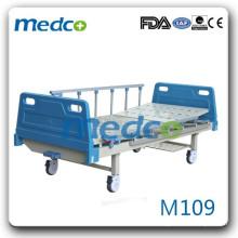 Lit d'hôpital avec fonction unique M104