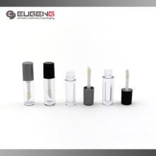 Embalagem de pequeno volume com brilho labial
