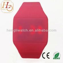 Гладкие силиконовые светодиодные часы много Цвет, цифровых Вахт экрана касания 15021