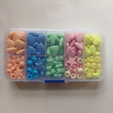 Beautiful Plastic Beads with Multicolors for Kids