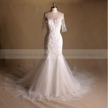 Superbe sirène Robe de mariée en dentelle perlée exquise avec beau long train