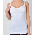 Mulher pós-parto mama alimentação, roupa interior