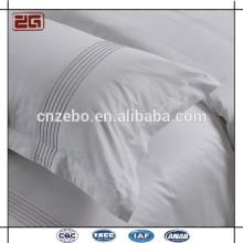Heißer Verkaufs-weißer Sateen-Gewebe mit Stickerei-Firmenzeichen-Hotel-Kissen-Kasten