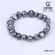 Pulsera de abalorios con perlas a mano