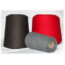 Fio de iate tricotado, dobrado e tingido