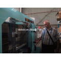 Máquina de moldeo por inyección automática para productos plásticos