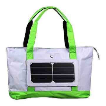 2017 China manufacuturer Panneau solaire à épaule unique de 5W avec sac à chargement