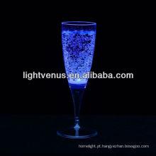 Líquido luminoso romântico ativo LED Champagne Glass