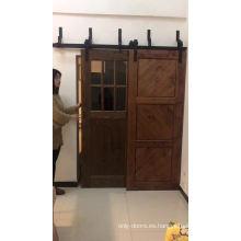 Bodega rústica puerta de granero con sistema de riel deslizante