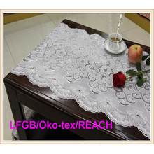Elegant Vinyl Lace Table Cloths / Table Runner for Wedding/Party