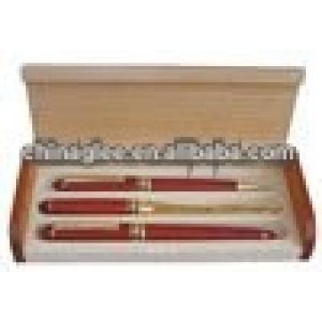 caja de la pluma de madera