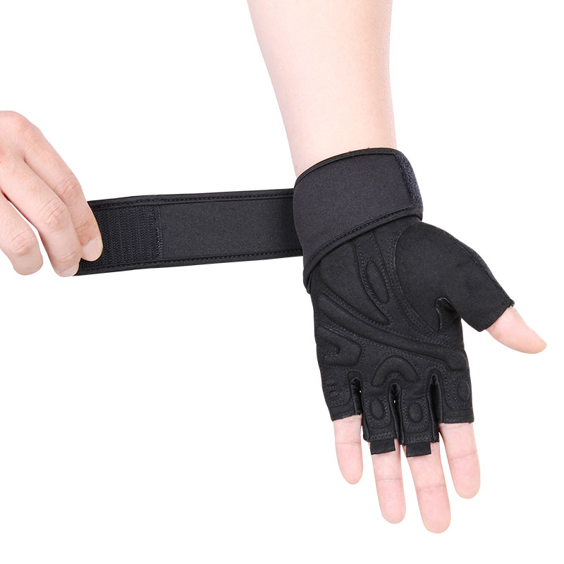 Fitness enthusiast gloves