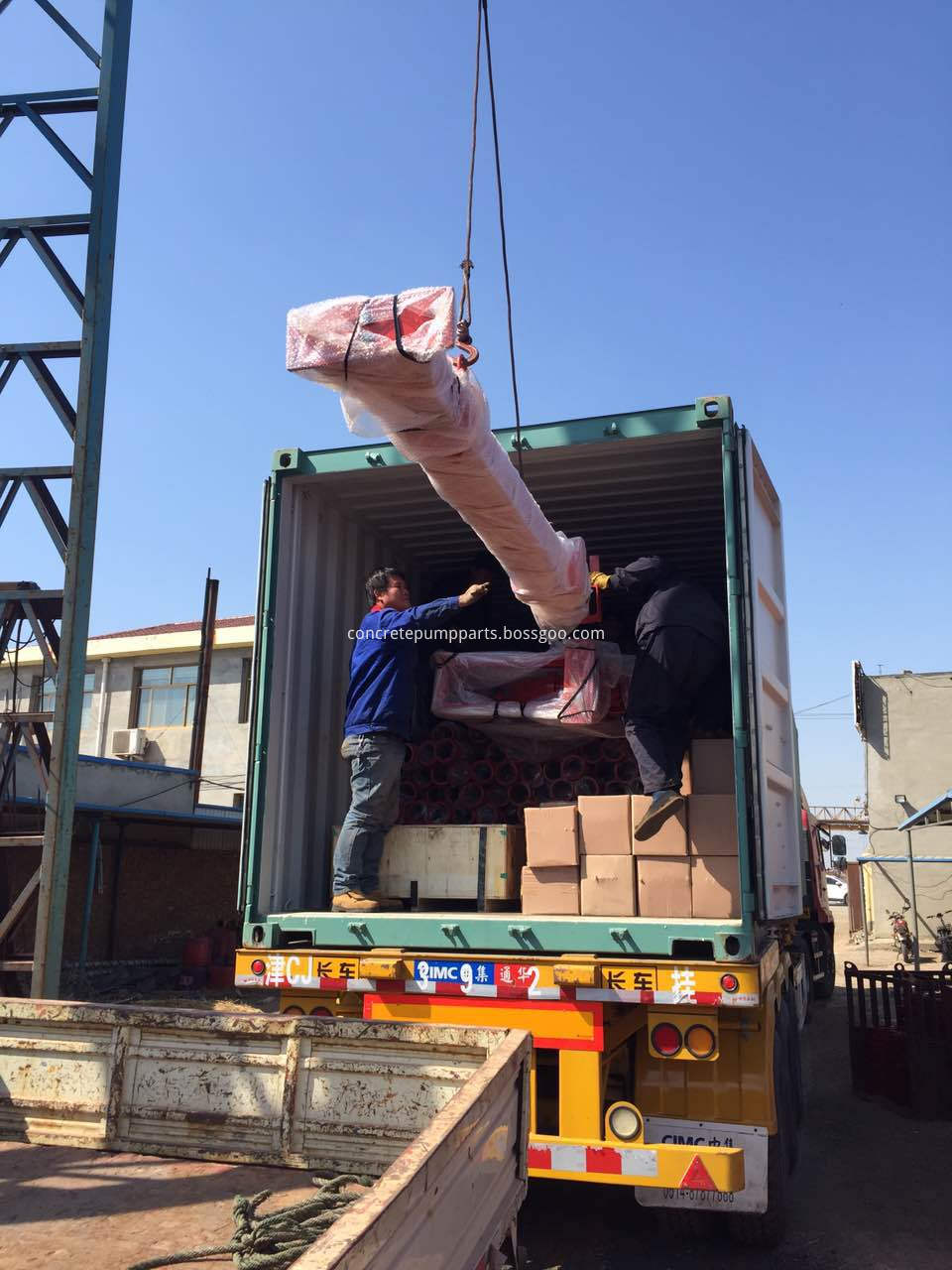 seamless pipe and krete placer package and loading