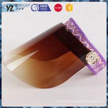 O produto o mais atrasado durando o tampão plástico barato da viseira do sol que envia rapidamente
