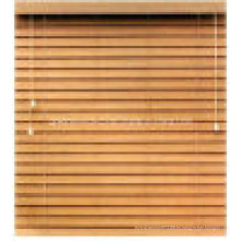 Persiana veneciana de madera
