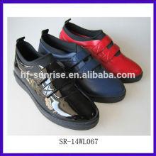 SR-14WL067 2014 Art und Weisefrauen beiläufige Schuhdamen reizvolle bequeme Schuhe spitzen Frauen arbeiten Schuhe