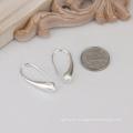 Venta caliente simple diseño robo de plata pendiente gota en forma de pendiente joyas de moda para las mujeres