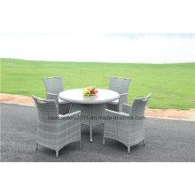 Conjunto de mesa de comedor de mimbre de jardín al aire libre y silla