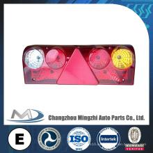 Piezas de camión Europa Tipo Lámpara trasera Lámpara colgante LED para camión Ben-z con triángulo