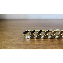 Servicio personalizado y alta calidad de monederos. Cadenas de oro.