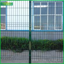 Precio de fábrica barata y fina alibaba china PVC malla de alambre cerca