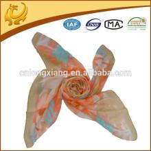Factory en Chine se sentant bien en Chine Chiffon imprimé japonais en soie écharpe écharpe en soie japonaise