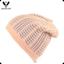Chapeaux d'hiver à la mode à la mode chaude