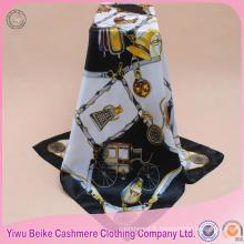 Top vente spéciale conception OEM 100 foulard en satin de soie pour la vente en gros