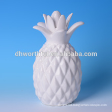 High quality home decoration ceramic pineapple