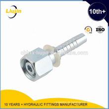 Montage von Rohrverschraubungen für Hydraulik-Winkelstück-CNC-Steckverbinder