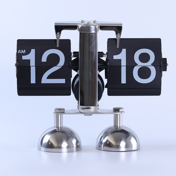 Balance Double Feet Table Clock Horloge
