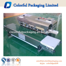 Auto plastic packaging bags heat sealing machine