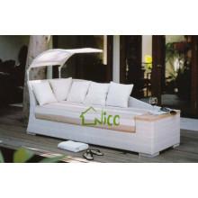 SL-(55) outdoor patio furniture PE rattan sofa cum bed/ sleeper sofa