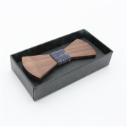 Wooden bow tie for young man