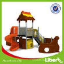 Équipement d'aire de jeux pour animaux de forêt