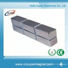 Блочный неодимовый магнит со смещенным отверстием
