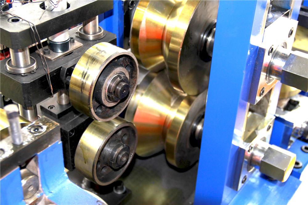 Tubulação que faz a máquina