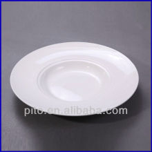 Западная паста фарфоровая тарелка